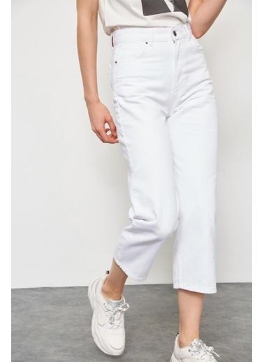 Setre Jean Beyaz